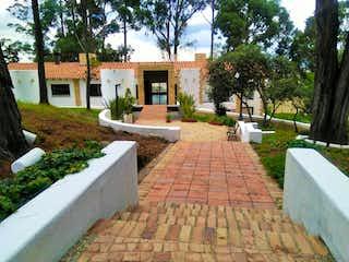 Casa en venta en Colinas De Suba con acceso a Jardín