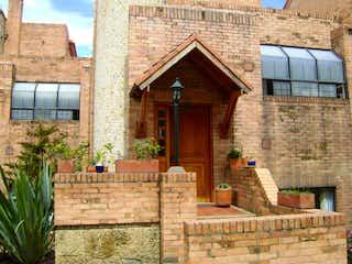 Casa en venta en Casa Blanca Suba con Jardín...