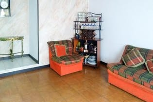 Casa en venta en Techo de 4 habitaciones
