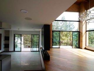 Casa en venta en El Rodeo, 2500mt