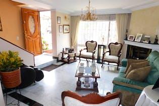 Casa en venta en Mirandela con Jardín...
