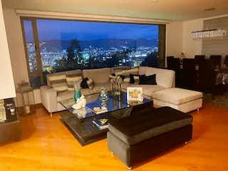 Apartamento en venta en Colina Campestre, 220mt con balcon