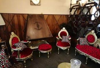 Casa En Venta En Bogota Mandalay I Sector, cuenta con 2 niveles y 4 habitaciones.