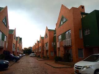 Casa en venta en Pinar De Suba 100m² con Bbq...