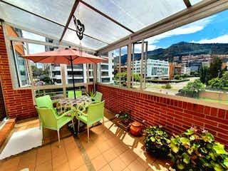 Apartamento en venta en Santa Bárbara Central de 3 alcoba