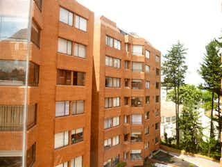 Apartamento en venta en Barrio Niza de 3 hab. con Jardín...