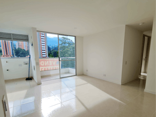 Apartamento en venta en Salvatorianos, 65m² con Piscina...