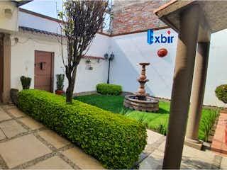 Casa en venta en San Gregorio Atlapulco de 5 hab. con Jardín...