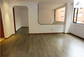 Apartamento en venta en Barrio La Carolina de 3 hab.