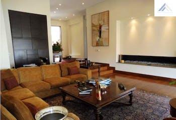 Casa en venta en Santa Ana de 5 hab. con Zonas húmedas...
