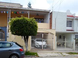 Casa Lomas de Zapopan calle Alburquerque 627