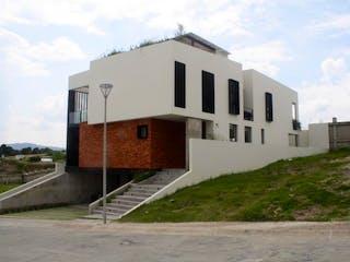 Casa en Juan Palomar y Arias Dentro de Fracc.