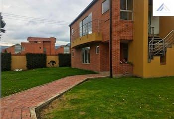 Venta de Hermosa Casa en Cajica Calahorra- 3 alcobas
