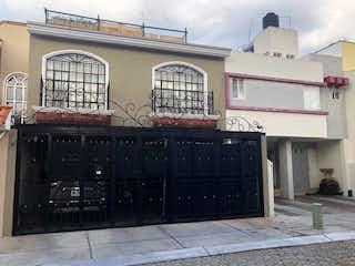 Casa en Mirador de San Isidro con roof garden!!