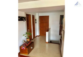 Apartamento en venta en Barrio La Carolina de 146m²