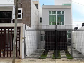 Casa en venta en Rancho La Cruz de 3 hab. con Jardín...