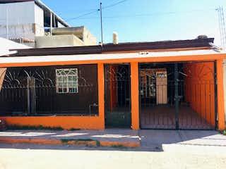Casa en venta en Paraísos Del Colli de 3 hab.