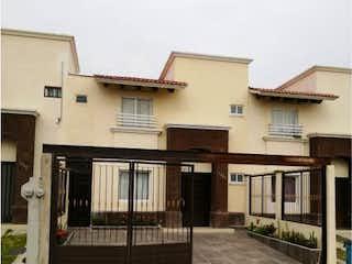 Casa en venta en Fracc Urbi Quinta Montecarlo, 103m² con Jardín...