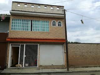 Casa en venta en Coyula de 4 recámaras