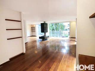 Una vista de una sala de estar y una sala de estar en Edificio