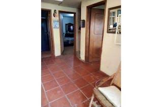 Casa en venta en Calahorra de 4 habitaciones