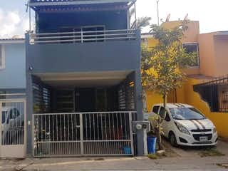 Casa en venta en Santa Ana Tepetitlan 65m²