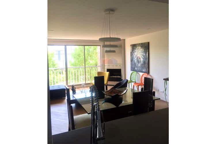 Portada Apartamento en venta en la Colina 3 Piso con cocina abierta.