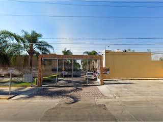 Casa en venta en Colinas De Huentitán de 138m² con Jardín...