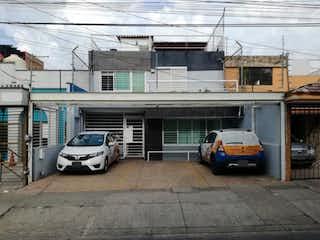 Casa en venta en Jardines Alcalde de 6 hab.