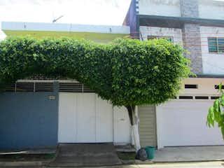 Casa en venta en Fracc Jardines De Tonalá de 3 hab. con Bbq...