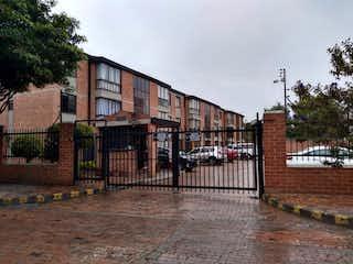 Apartamento en venta en Portales Del Norte, 61m²