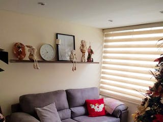 Casa en venta en Funza, 100mt de tres niveles