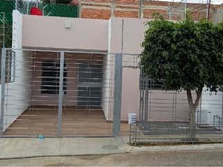 Casa en venta en Fracc Misión Del Campanario de 2 alcobas