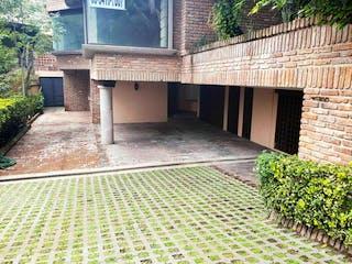 Casa en venta en Real De Las Lomas con Jardín...