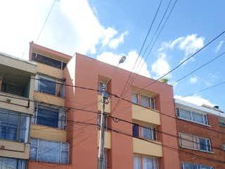 Un edificio de ladrillo rojo con un edificio de ladrillo rojo en Apartamento en venta en Barrio Nicolás De Federman de 3 hab.