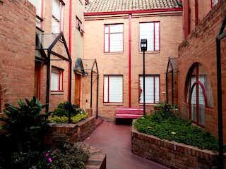 Casa en venta en cedritos de 100m² con Balcón...