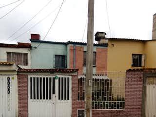 Casa en venta en Floralia de 4 hab. con Jardín...