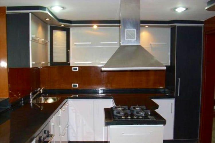Portada Apartamento Duplex en Santa Bárbara Occidental, Santa Barbara, Bogotá- 3 habitaciones- 203 mts.