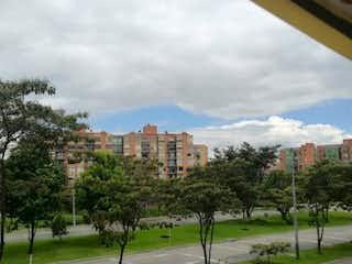 Una vista de una ciudad desde una ventana en Apartamento en venta en Ciudad Salitre Oriental de 4 alcoba