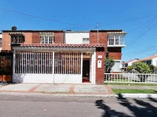 Casa en venta en Barrio Modelia, 174m²