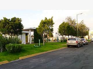 Casa en venta en Zapopan 68m² con Piscina...
