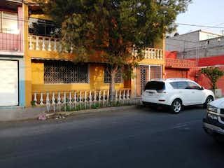 Casa en venta en Jacarandas de 4 recámaras