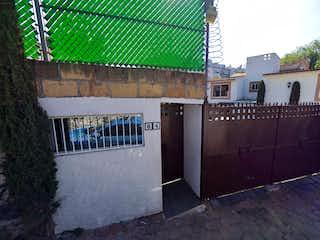 Bella casa en condominio horizontal