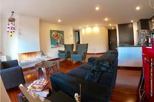 Apartamento en Chico Navarra, cuenta con 3 habitaciones.