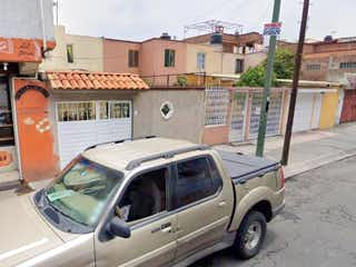 Casa en Venta en unidad habitacional el rosario Tlalnepantla de Baz