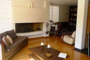 Casa en venta en La Balsa de 249mts, 3 niveles