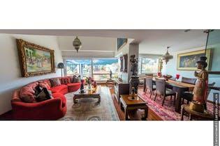 Apartamento en venta en El Nogal de 3 habitaciones