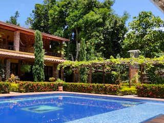 Casa en venta en Casco Urbano El Retiro de 3800m² con Piscina...