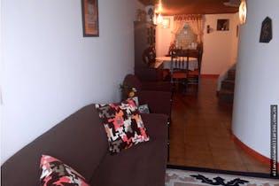 Casa en Barrio Toberín, Toberín, Tres Alcobas- 85m2.