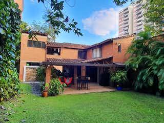 Vendo Casa en sector Loma de los Bernal